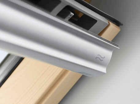 Мансардное окно Velux Стандарт, ручка сверху