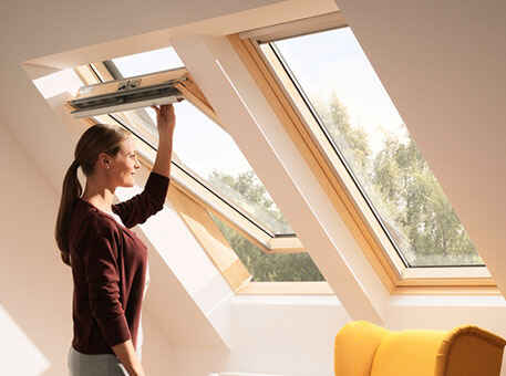 Мансардное окно Velux Стандарт деревянное